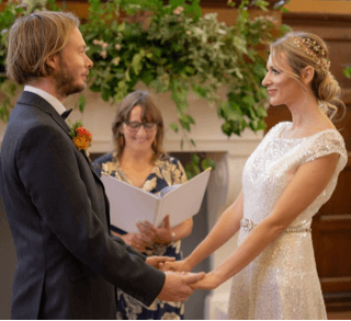 Top Tips for Choosing a Celebrant